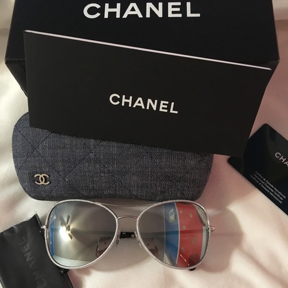 3bf666b83852 Women Chanel sunglasses mirrored 😎